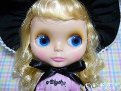 Blythe023a